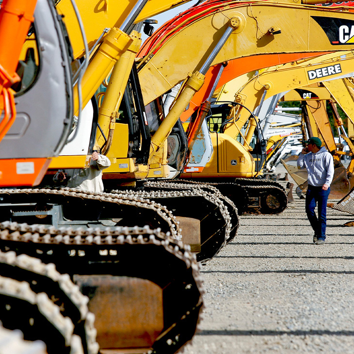 Top Considerations For Renting Construction Equipment